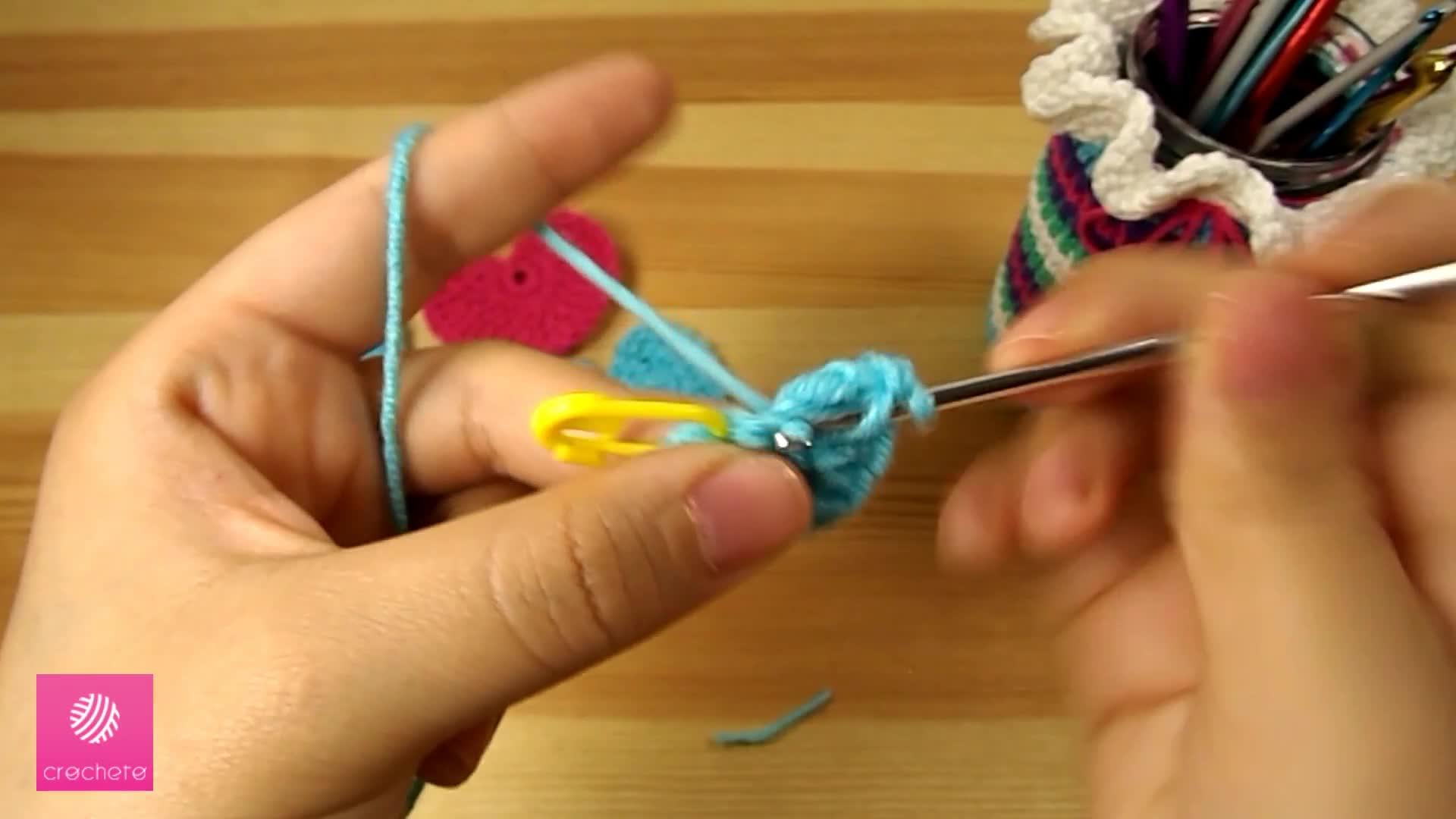 تعليم الكروشيه القلب البسيط Learn how to Crochet Simple Heart - Crochet heart pattern 4