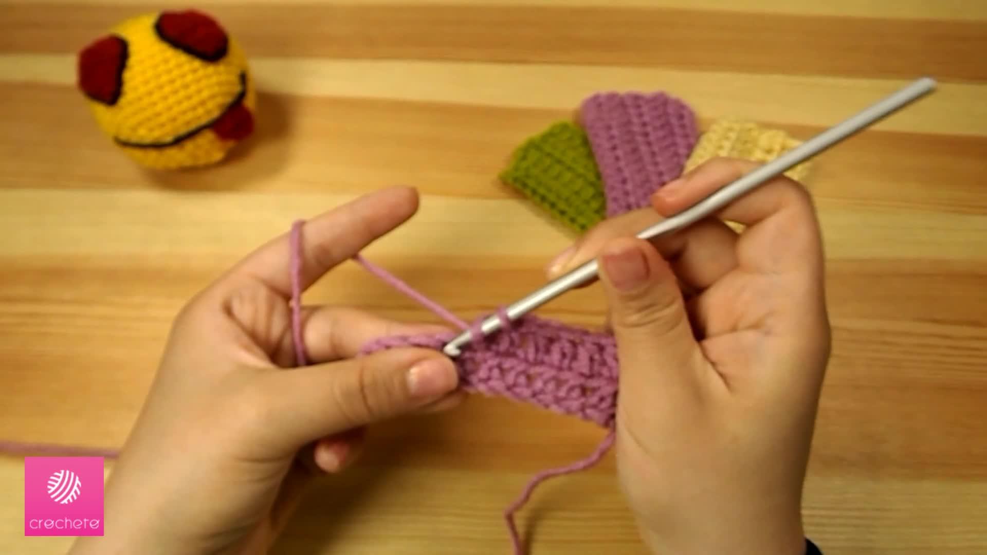 تعليم الكروشيه غرزة النصف عمود - Learn how to Crochet for beginners Half Double Crochet Stitch 6