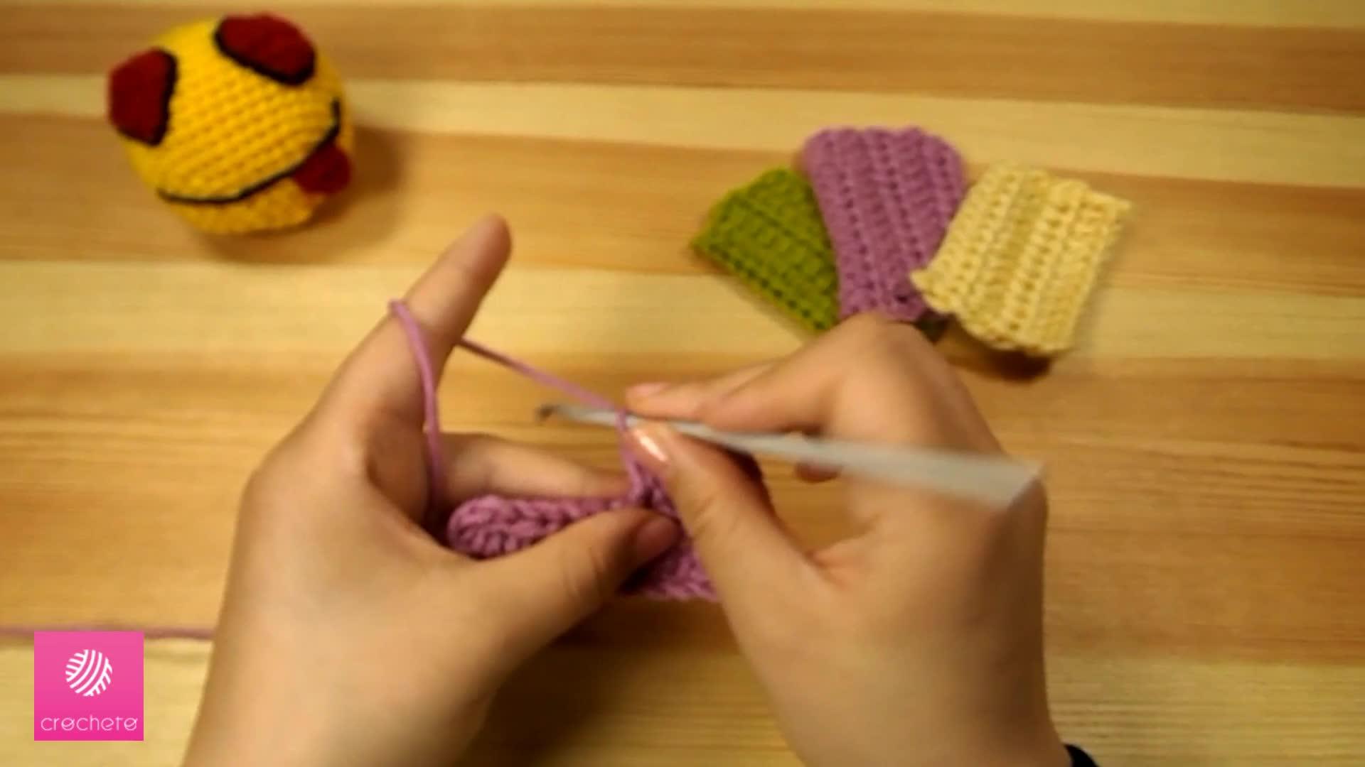 تعليم الكروشيه غرزة النصف عمود - Learn how to Crochet for beginners Half Double Crochet Stitch 7